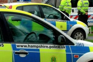 man-with-crossbow-arrested-in-cowes
