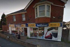 staff assaulted after robbery at shanklin supermarket