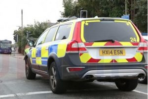 street robbery gang with knife target man in gosport