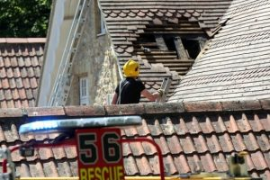 fire breaks out at netley castle southampton