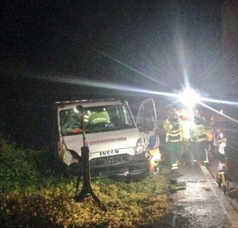 fire crews cut driver free after recovery truck leaves a31 carriageway