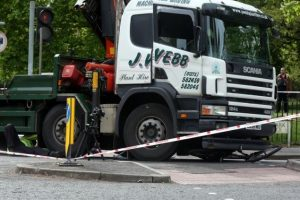 police close southampton road after cyclist in collision with lorry