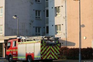 young girl rescued by gosport fire crews after lift gets stuck