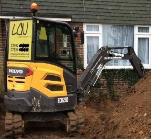 digger stolen from hordean drive way