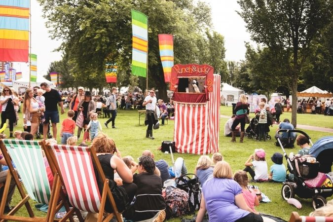 performances from fireman sam and swashbuckle at victorious festival