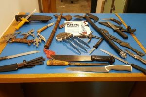 knife amnesty continues in southampton