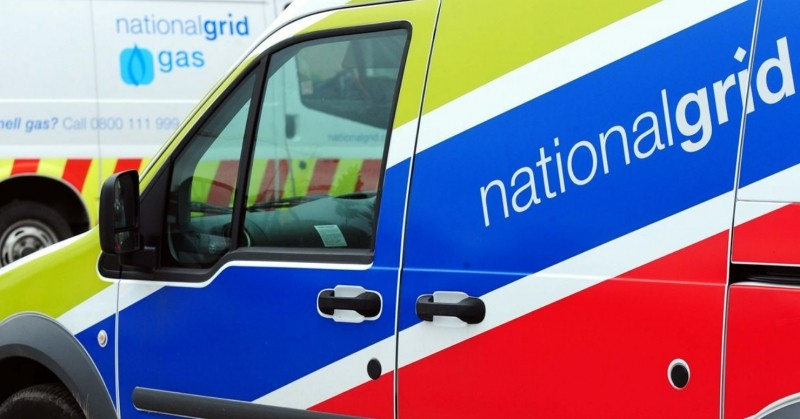 major gas leak closes basingstoke road