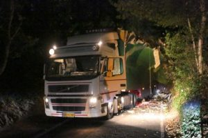 lucky escape for overseas lorry driver after trailer hits trees in fareham
