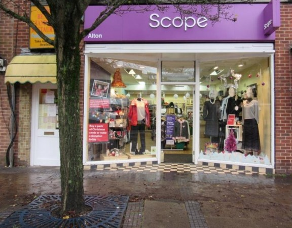 disgusting thief steals from alton charity shop