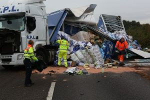 no chance of a clean get away after lorry overturns on the m4 in berkshire
