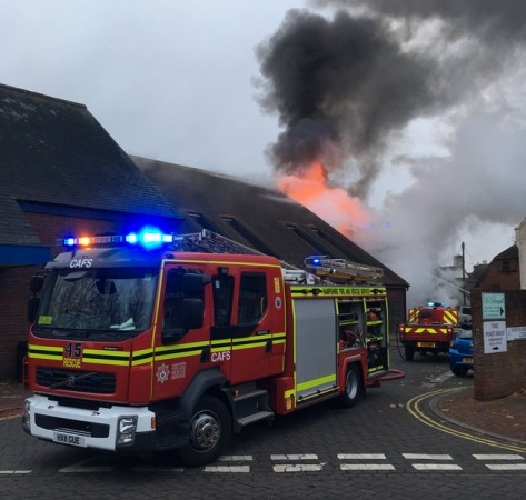 police launch arson probe after six shop damaged by fire in ringwood