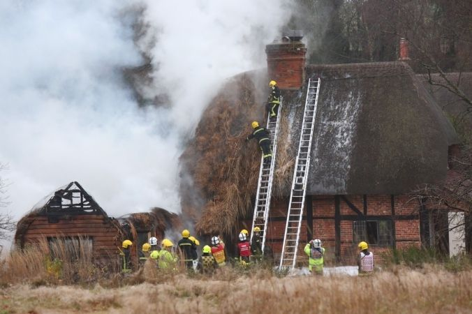 Fire Rips Through A Thatched Property Near Romsey.