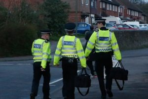 four arrested and weapon recovered in park barn guildford
