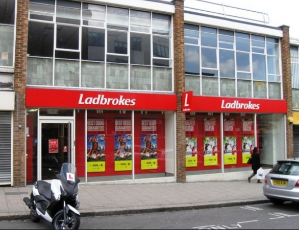 police appeal for information following armed robbery at ladbrokes southampton