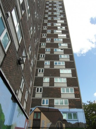 fire crews called to tackle fire in southampton tower block