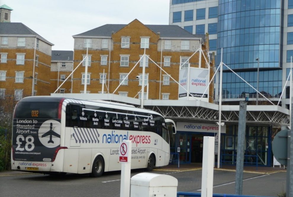 armed man arrested after gun wielding cop shake down on national express coach in southampton