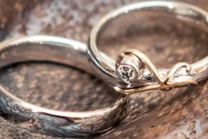 have you been offered any jewellery recently it may be stolen