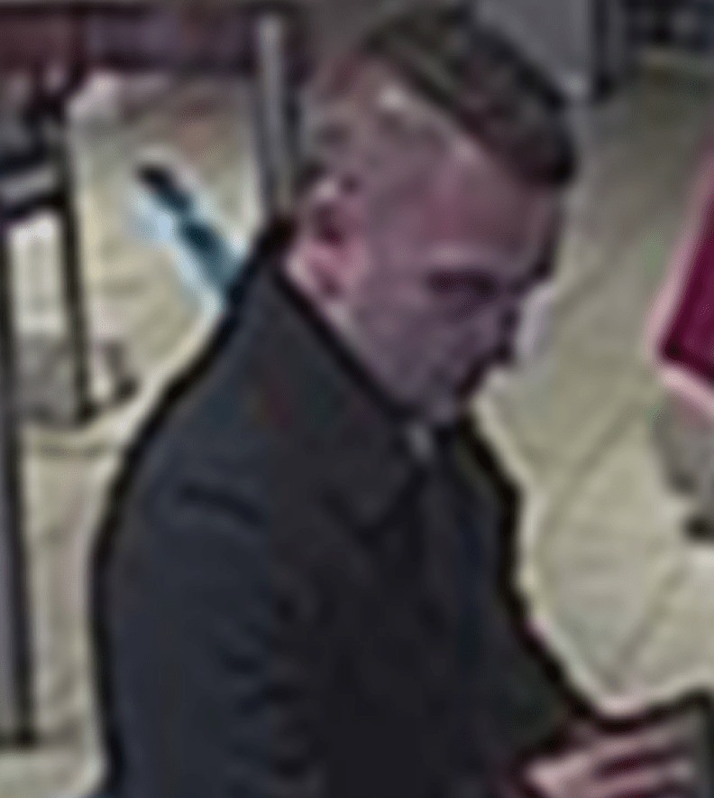 Scum Bag Steals Oap Bank Card And 1,000k Cash  In Andover