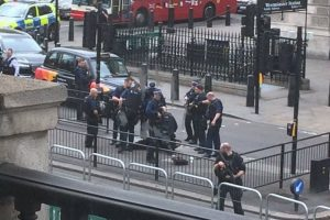 breaking man arrested with a knife outside houses of parliament