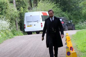 exculsive matthew macfadyen filming in godalming surrey