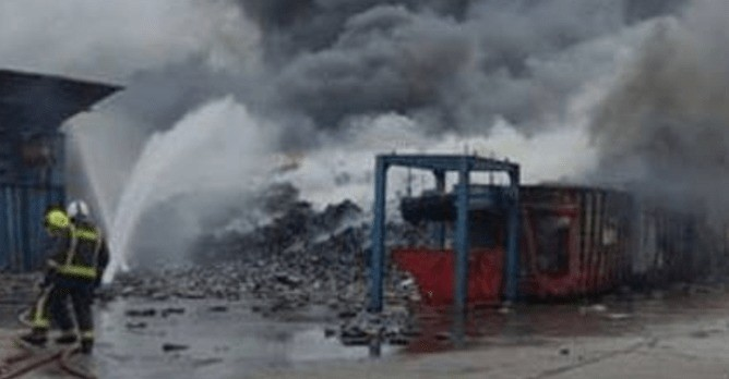 fire rips through recycling centre in portsmouth