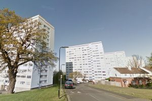 fire breaks out on eleventh floor of southampton tower block