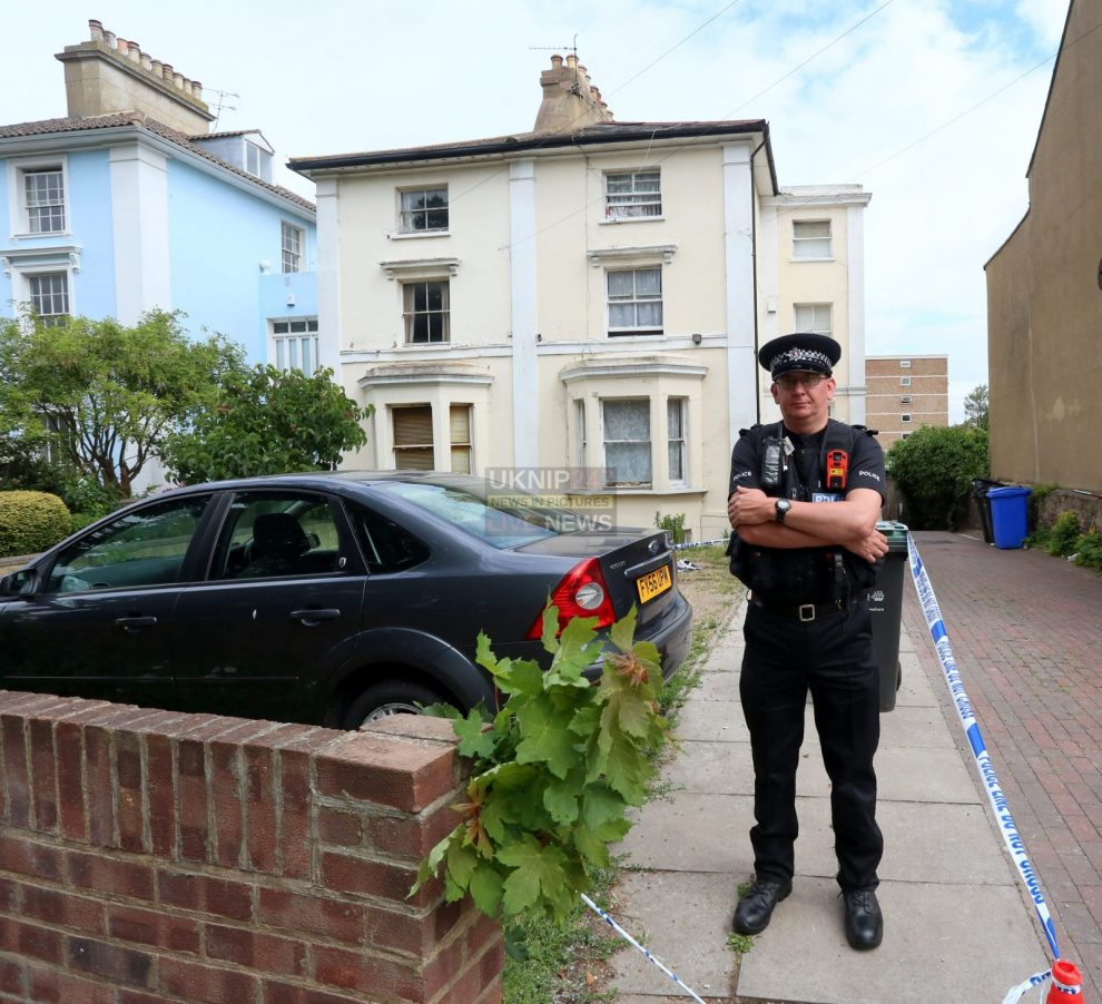man airlifted to hospital after being attacked in gravesend