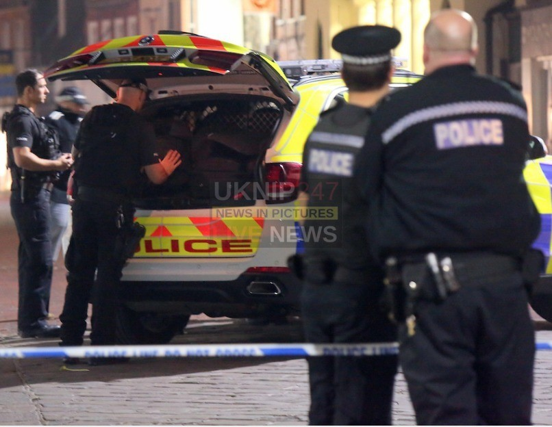 man arrested after siege in worthing