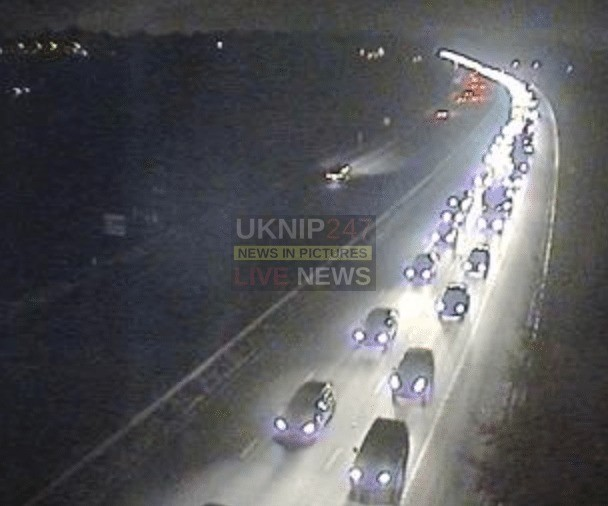 m27 motorway closed following collision
