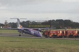 first picture of flybe aircraft that carried out emergency landing at belfast airport