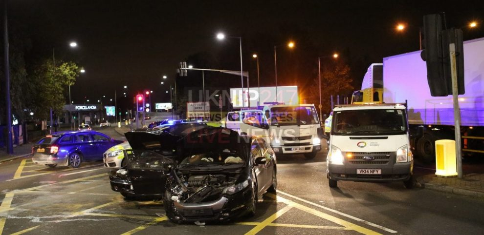 five ways junction in croydon closed after two vehicle collision