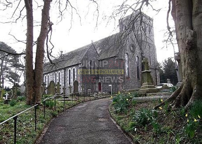 scumbags target portsdown church in widley and steal of poppy collection tin