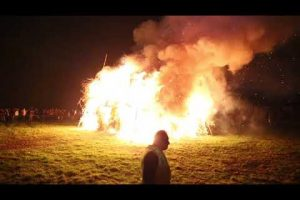 10000 people travel to watch ripley fireworks and bonfire 2017