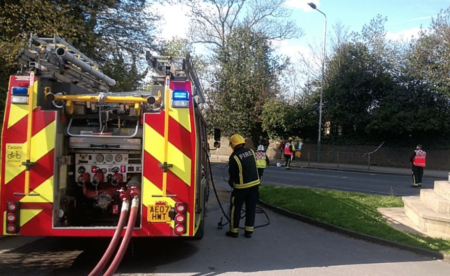 150 people evacuated following chemical smell in hornchurch