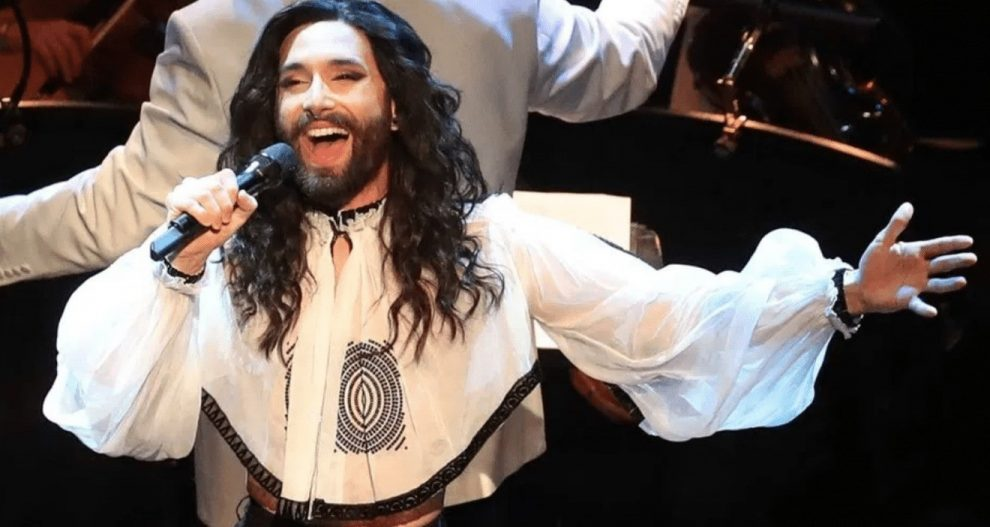 a winner of the eurovision song contest is to headline at isle of wight pride