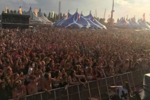 breaking 18 year old girl and 20 year old boy die at portsmouth mutiny festival