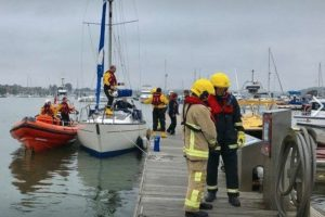 fire crew and coastguard called to suspected boat fire on the river hamble