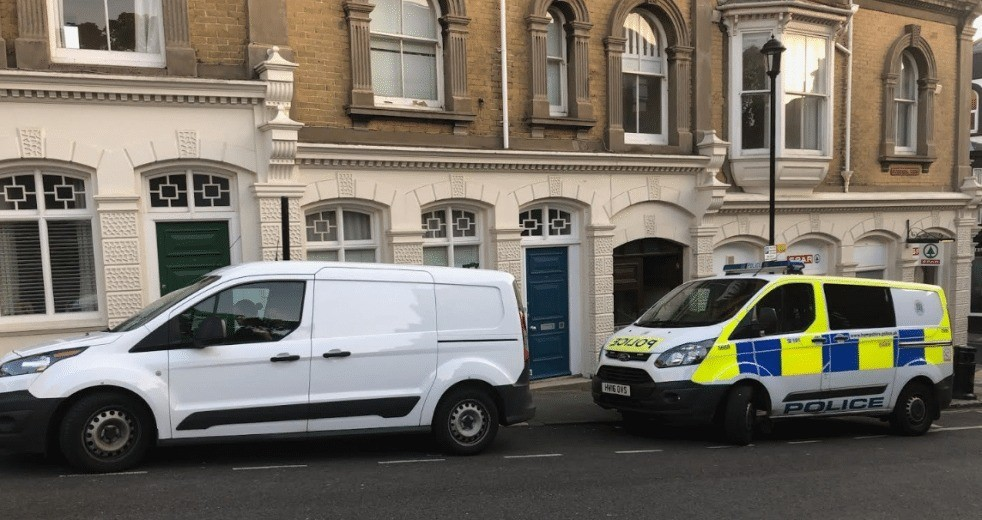 flats on lock down as police launch probe on the isle of wight