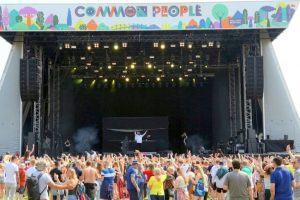 it looks like its going to be a great weekend at common people