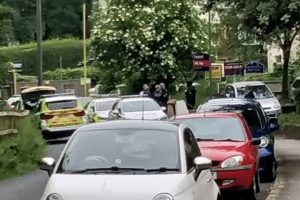 road on lock down in greenhithe following armed stand off with police