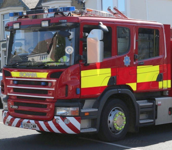 fire crews tackle greenhouse fire in wooton