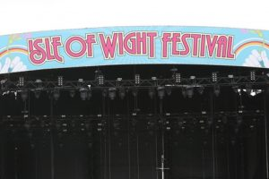 sky to broadcast sold out isle of wight festival in ultra high definition