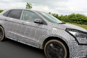 the new 2018 ford edge on test undercover on the m1 near manchester