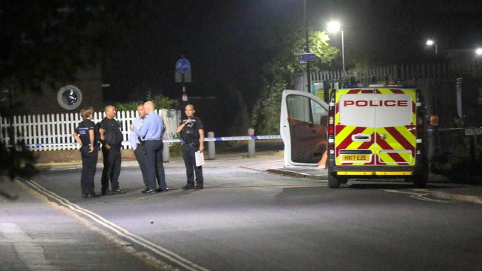 breaking isle of wight street in lockdown after teenager is rushed to hospital after being stabbed