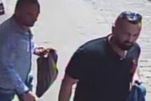 hampshire constabulary issue a cctv image of two men after a 74 year old man had 3000 stolen