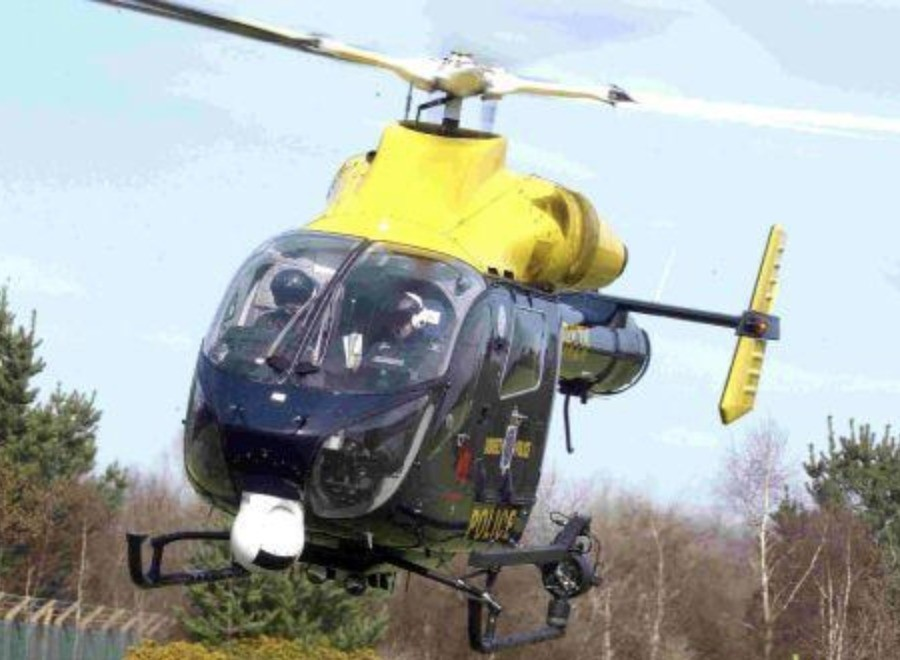 helicopter called in to search for driver who made off from police in ryde