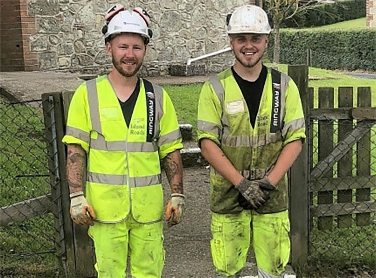 island roads helps remarkable chillerton community project