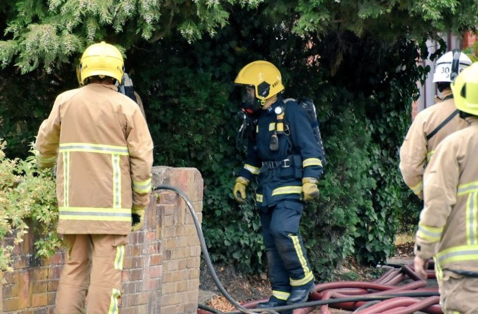 man rescued from roof following farnborough house blaze