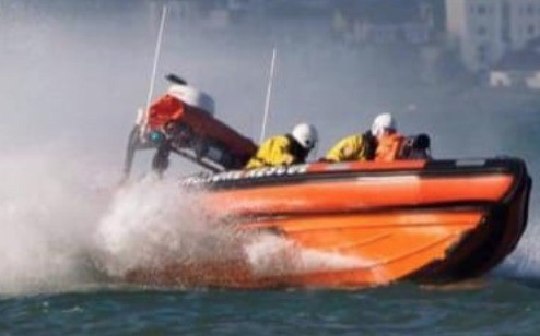 Ryde Rescue Launched After Vessel Breaking It's Moorings In Seaview