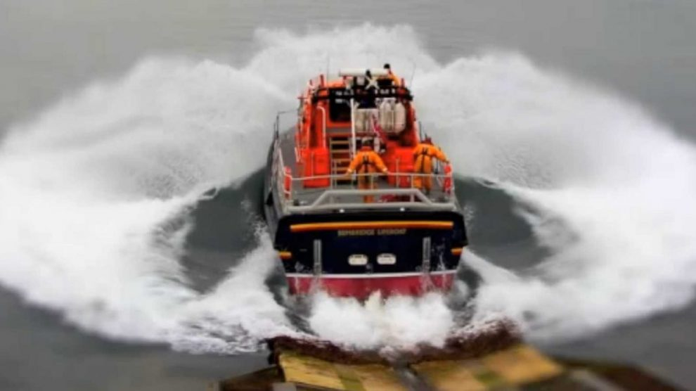 bembridge lifeboat called into action